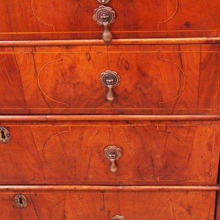 Antique 18th Century Walnut Chest Of Drawers