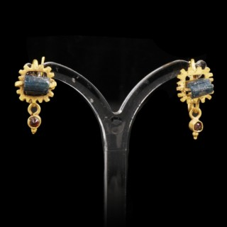 ROMAN GOLD EARRINGS WITH GLASS BEADS