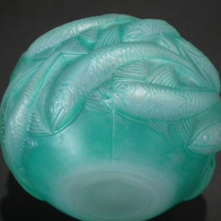 Rene Lalique Cased opalescent & green stained Glass 'Oleron' Vase