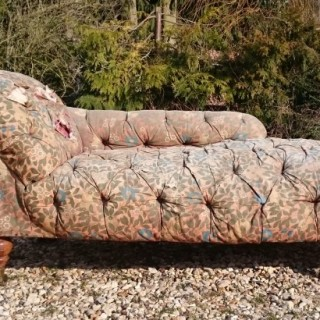 19th Century Victorian Period Early Day Bed Chaise Longue Attributed To Howard and Sons