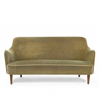 A Vintage sofa  by samosas