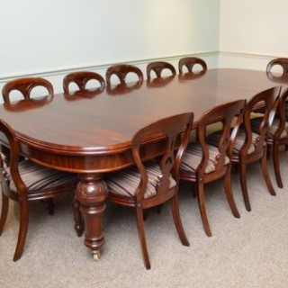 Quality Victorian Mahogany Extending Dining Table