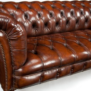 Victorian James Jas Shoolbred Leather Walnut Chesterfield Fully Stamped