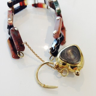 Scottish Agate and Gold Bracelet.