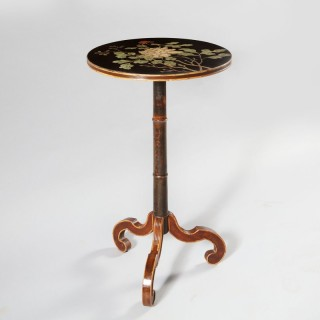 A Regency chinoiserie occasional table
