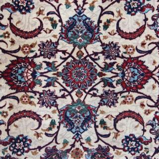 Antique Seirafian rug, Isfahan, Persia