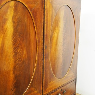 George III Neat Sized Inlaid Mahogany Linen Press