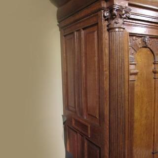 Beautiful Rare Dutch Oak 17th Century Armoire ( Amelander Kast)