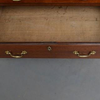 Georgian Mahogany Chest of Drawers with Brushing Slide