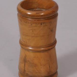 Antique Treen George V Boxwood Dice Shaker