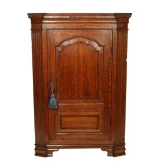 18th Century Oak Corner Cabinet