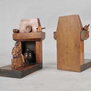 A pair of very rare and amusing very decorative wooden black forest bookends, Germany 19th century