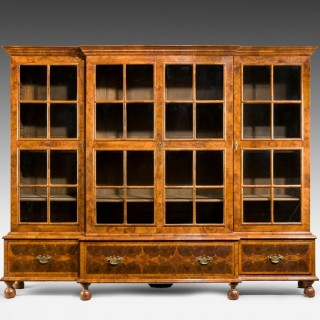 Walnut and oyster veneered breakfront 4 door bookcase (England, 1920)