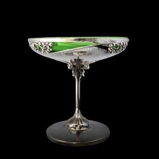 A Kate Harris art nouveau silver centre piece