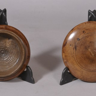 Antique Treen 19th Century Sycamore Container