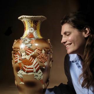 Japanese Satsuma Samurai Decorated Large Vase