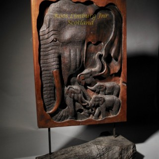 African Art Wooden Sculpture of Elephants