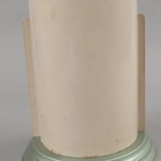 A very rare and decorative original Art Deco table lamp, still with the original luster spray paint, in original condition.