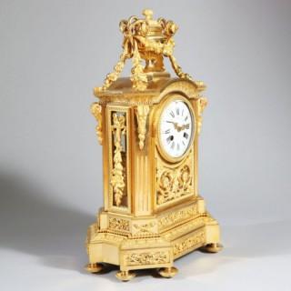 FINE GILT BRONZE ANTIQUE MANTEL CLOCK BY SOCIÉTÉ DES BRONZES DE PARIS