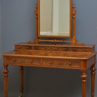 Elegant Victorian Dressing Table in Burr Walnut