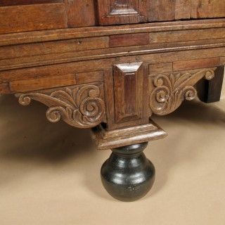 Small Dutch 17th century Oak Rosewood and Ebony Gelderse Kussenkast Armoir