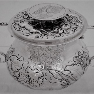 Rare Charles II silver lidded porringer London 1675 by TG