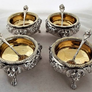 Quality set 4 crested George III silver salts & spoons 1812 Younge