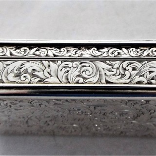 Fine cast topped Victorian silver snuff box London 1837 John Linnet