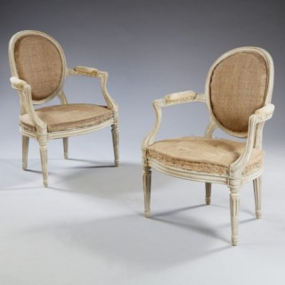 PAIR OF TRANSITIONAL LOUIS XV STYLE FAUTEUILS