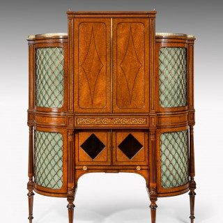 Exhibition Quality 19th Century Ormolu Mounted Amboyna Shaped Cabinet