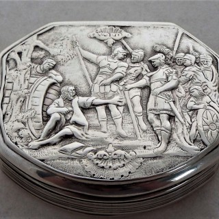 Unusual cast topped William IV silver box Birmingham 1831 Nathaniel Mills