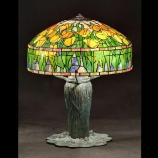 TIFFANY TULIP LAMPSHADE WITH WHEAT LAMP BASE
