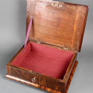 A QUEEN ANNE LABURNUM LACE BOX