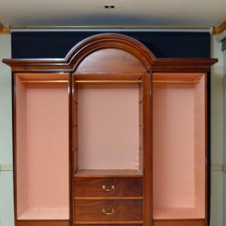 Elegant Victorian Mahogany Wardrobe