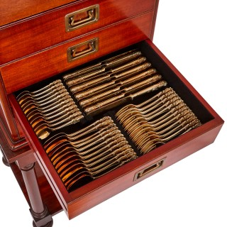19th Century silver dinner service in mahogany chest by Klinkosch