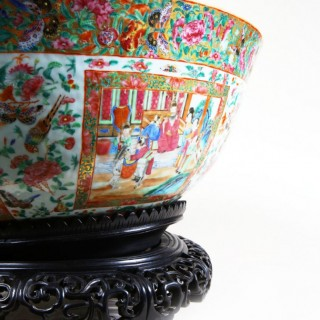 A MONUMENTAL RARE CANTON FAMILLE ROSE PORCELAIN PUNCH BOWL
