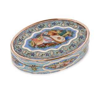 Antique Swiss solid gold and blue enamel snuff box