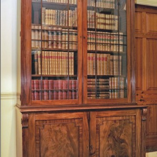 Georgian BOOKCASE circa 1810