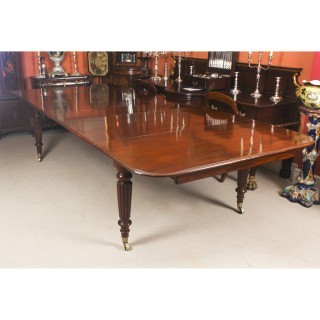 Antique 11 ft Flame Mahogany Extending Dining Table c.1840