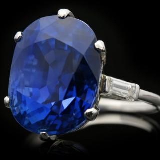 Van Cleef & Arpels Burmese Sapphire Ring, circa 1930.