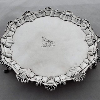 Good quality crested George III silver waiter London 1762 Ebeneezer Coker