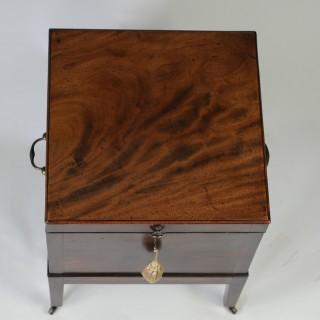 Georgian mahogany Box Cellarette