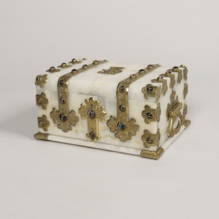 An Fine Onyx Toilet Box By George Betjemann & Sons