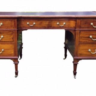 Antique Mapels & Co. Mahogany Knee-Hole Desk
