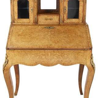Victorian Walnut Ladies desk, 1860.