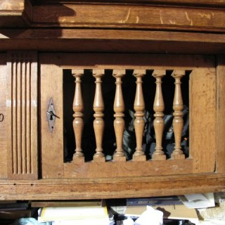 Beautiful Rare Dutch Oak 17th Century Armoire ( Amelander Kast)