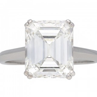 Vintage Emerald-cut diamond solitaire diamond ring, circa 1950.