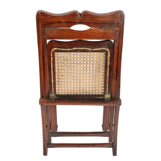 Colonial Folding Child's Chair