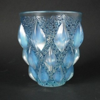 Rene Lalique Opalescent Glass 'Rampillion' Vase