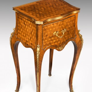 19th Century Pair Of English Gilt Bronze Mounted Kingwood Bedside Cabinets or Nightstands